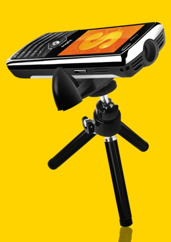 Spice M9000 Popkorn mobile with Projector and TV  Features, Specification and Price : Spice Projector Mobile